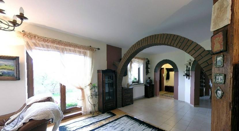 琴斯托霍瓦的私人公寓