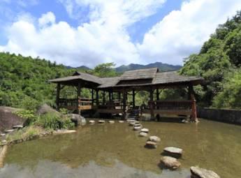 广西屏峰雨林公园