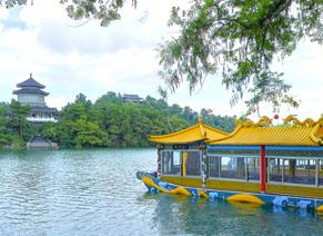 桂林满乐地主题乐园